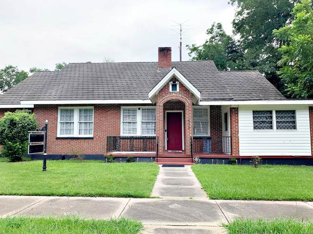508 W Bridge Street, Wetumpka, AL 36092 (MLS #499789) :: David Kahn & Company Real Estate