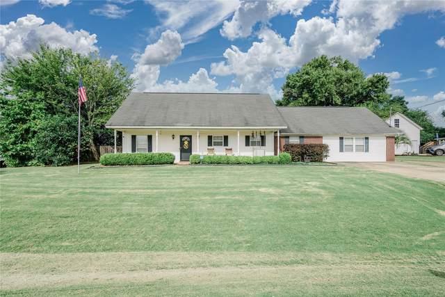 15 Spring Hollow Drive, Deatsville, AL 36022 (MLS #501572) :: Buck Realty