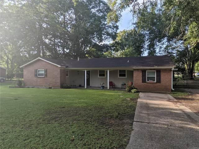 3930 Linda Ann Drive, Millbrook, AL 36054 (MLS #501628) :: Buck Realty