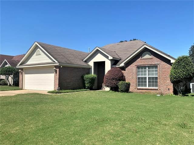 149 Silver Pointe Drive, Elmore, AL 36025 (MLS #503886) :: Buck Realty