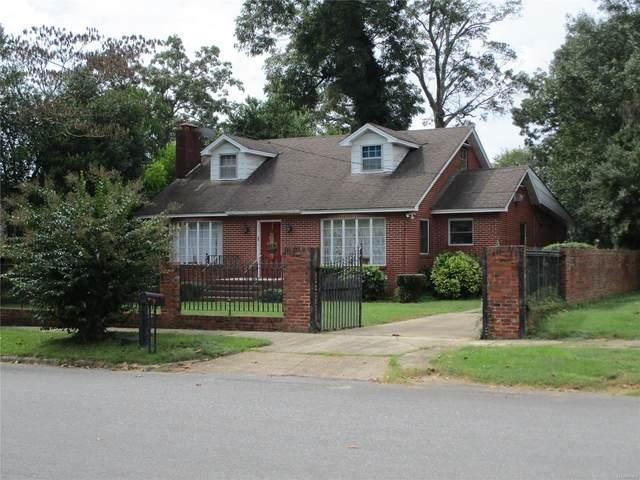 205 10th Street N, Clanton, AL 35045 (MLS #505237) :: LocAL Realty