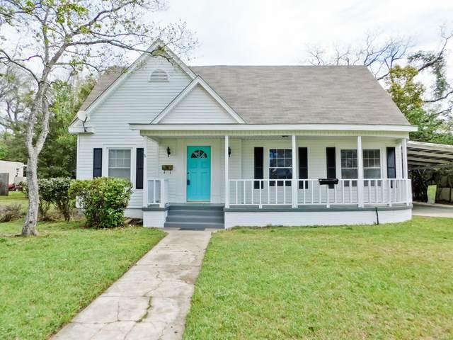 221 S Academy Street, Geneva, AL 36340 (MLS #469887) :: Team Linda Simmons Real Estate