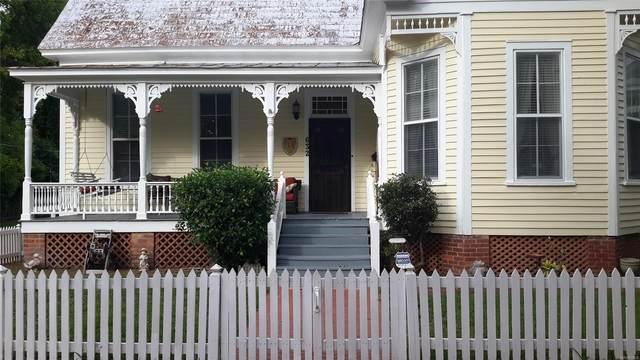 632 Union Street, Selma, AL 36701 (MLS #472572) :: LocAL Realty