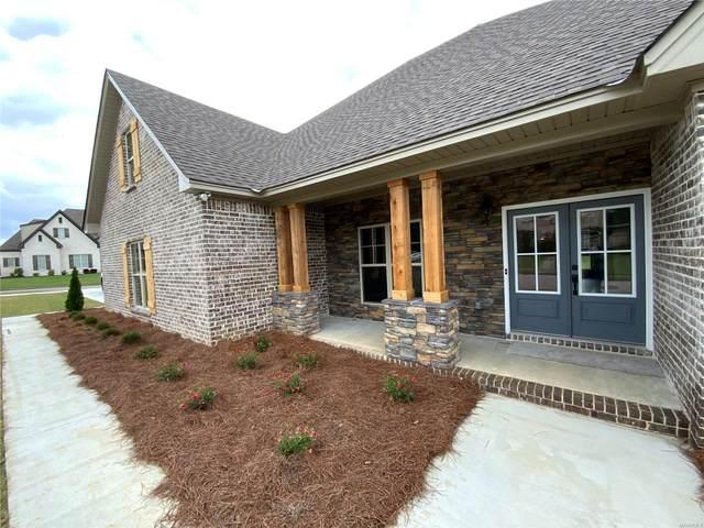320 Plantation Oaks Boulevard, Millbrook, AL 36054 (MLS #488331) :: LocAL Realty