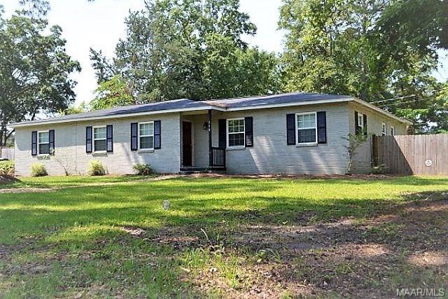 218 Meadowbrook Drive, Dothan, AL 36303 (MLS #447408) :: Team Linda Simmons Real Estate