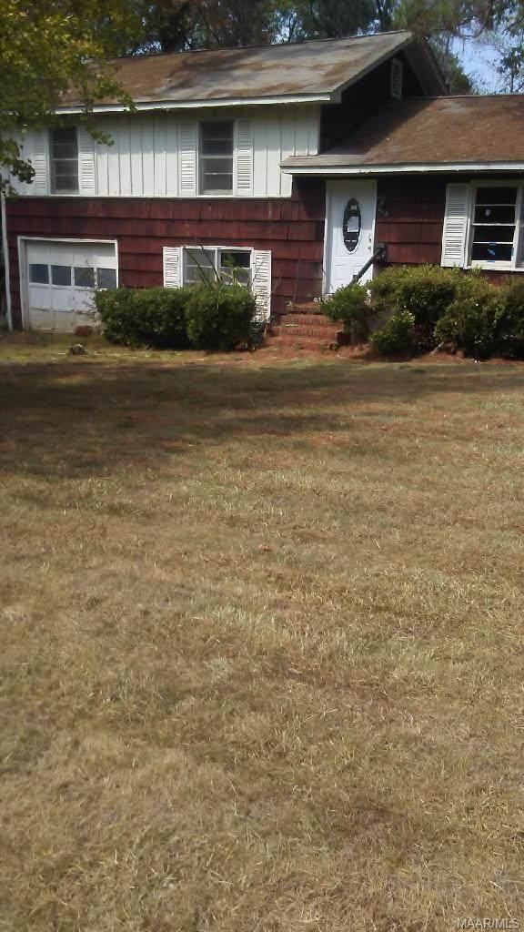 203 Crestwood Drive, Selma, AL 36701 (MLS #465691) :: Buck Realty