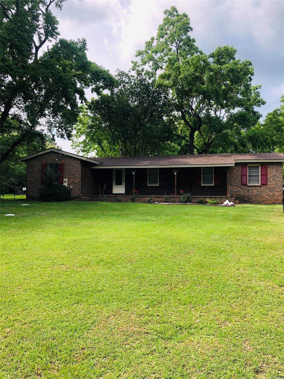 5191 Pineview Road - Photo 1