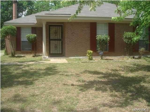 3253 Meadow Walk Lane, Montgomery, AL 36116 (MLS #499610) :: Buck Realty