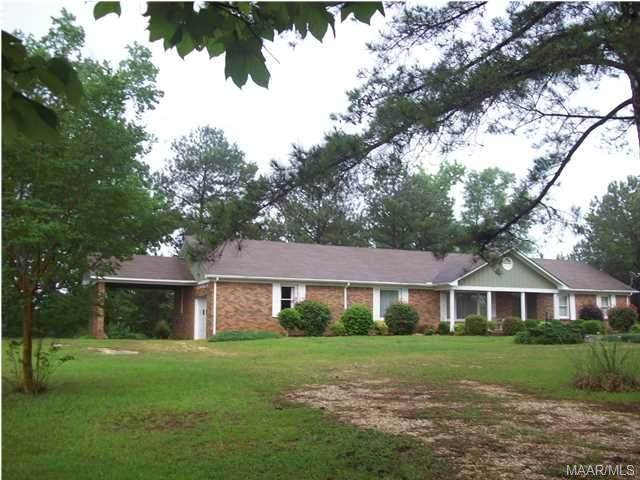 1750 County Road 125 Road, Plantersville, AL 36758 (MLS #318302) :: Buck Realty