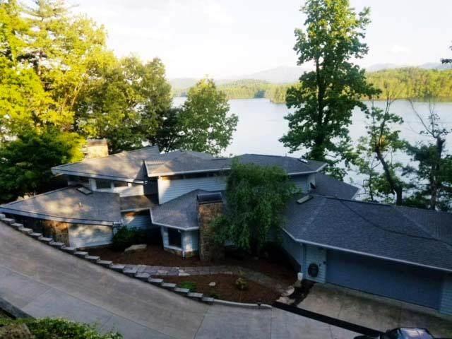114 Cherokee Trail, ROBBINSVILLE, NC 28771 (MLS #134439) :: Old Town Brokers