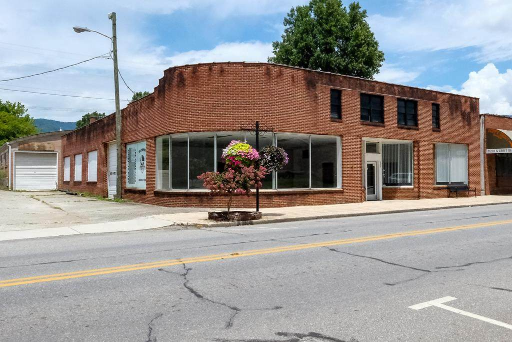 889 Main Street - Photo 1
