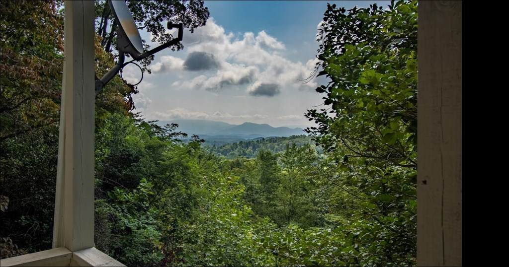 https://bt-photos.global.ssl.fastly.net/mountainlakes/orig_boomver_1_138730-2.jpg