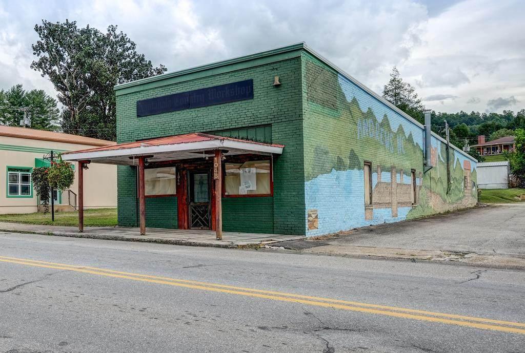 1046 Main Street - Photo 1