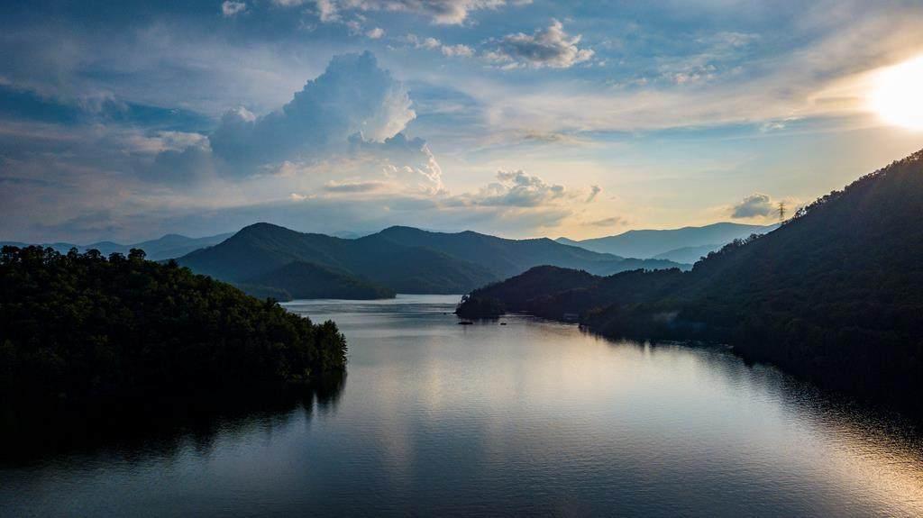 https://bt-photos.global.ssl.fastly.net/mountainlakes/orig_boomver_2_135138-2.jpg