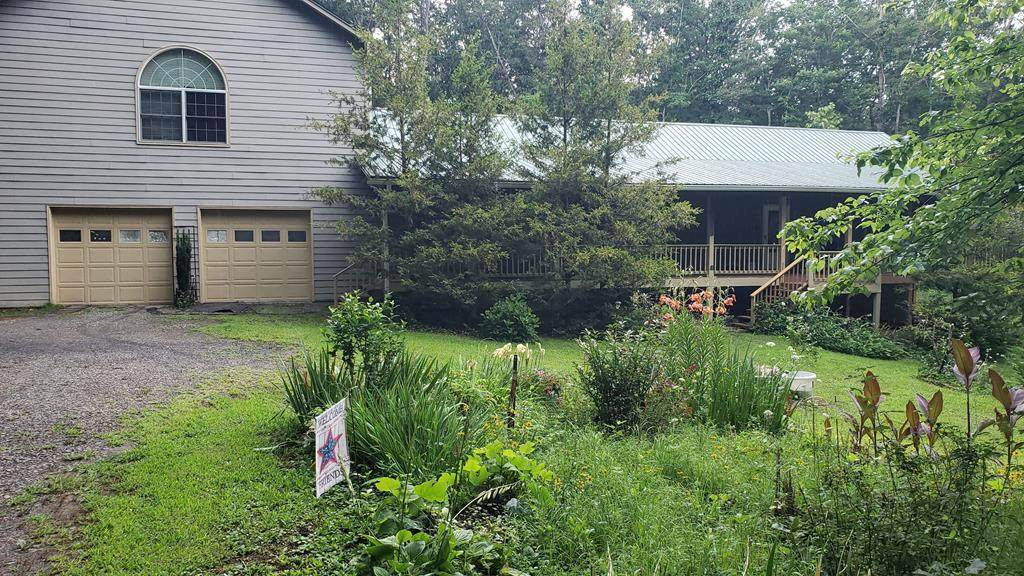 3015 Camp Creek Rd - Photo 1