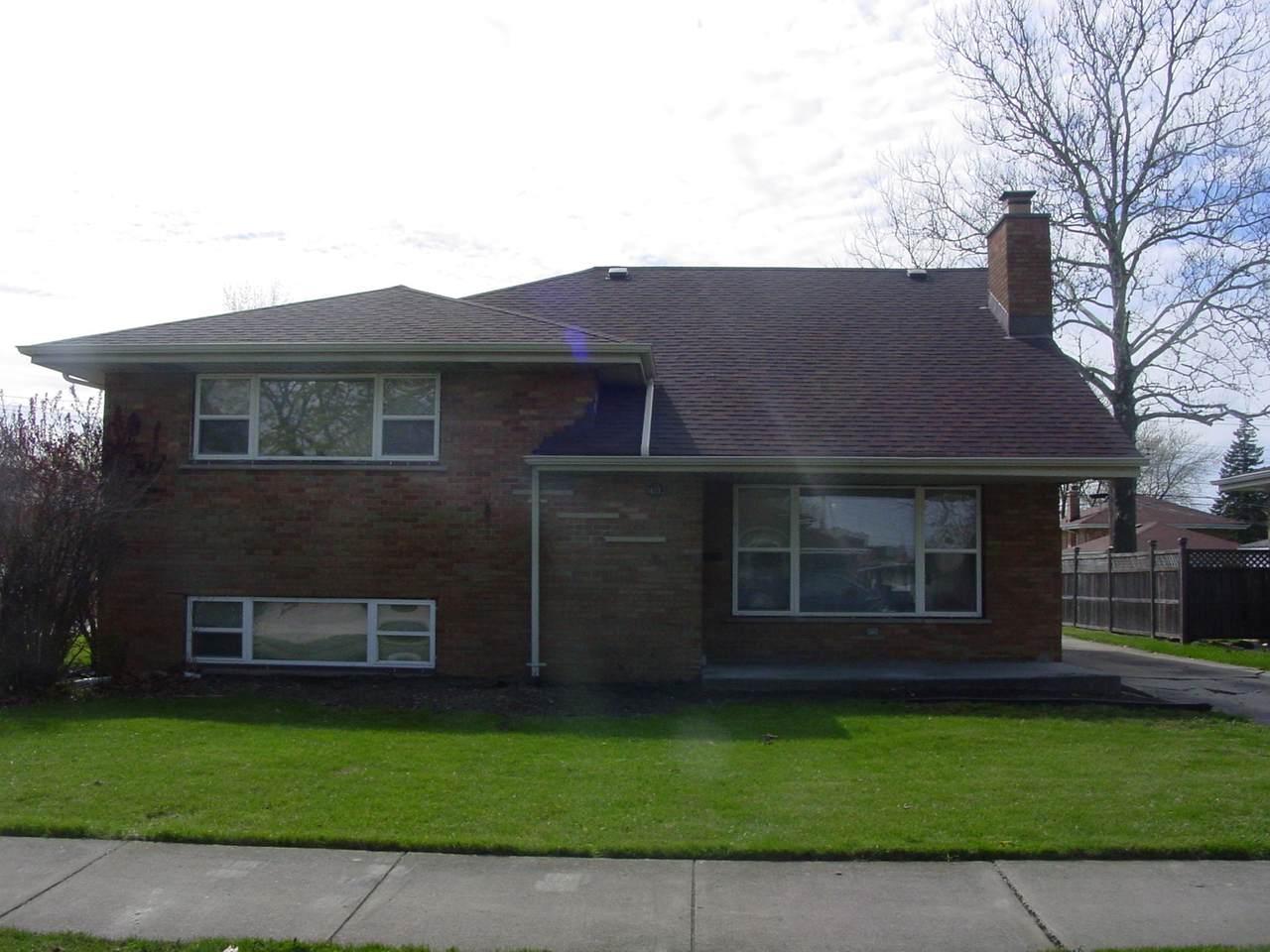 16532 Greenwood Avenue - Photo 1