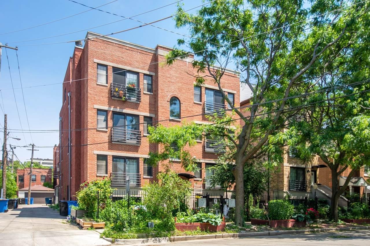 217 Leavitt Street - Photo 1