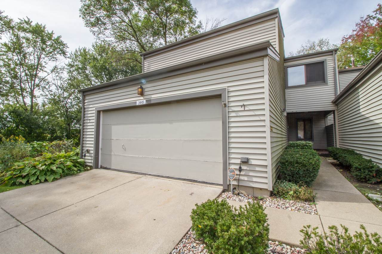 3445 Golfview Drive - Photo 1