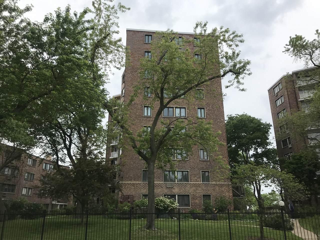 1132 Lunt Avenue - Photo 1