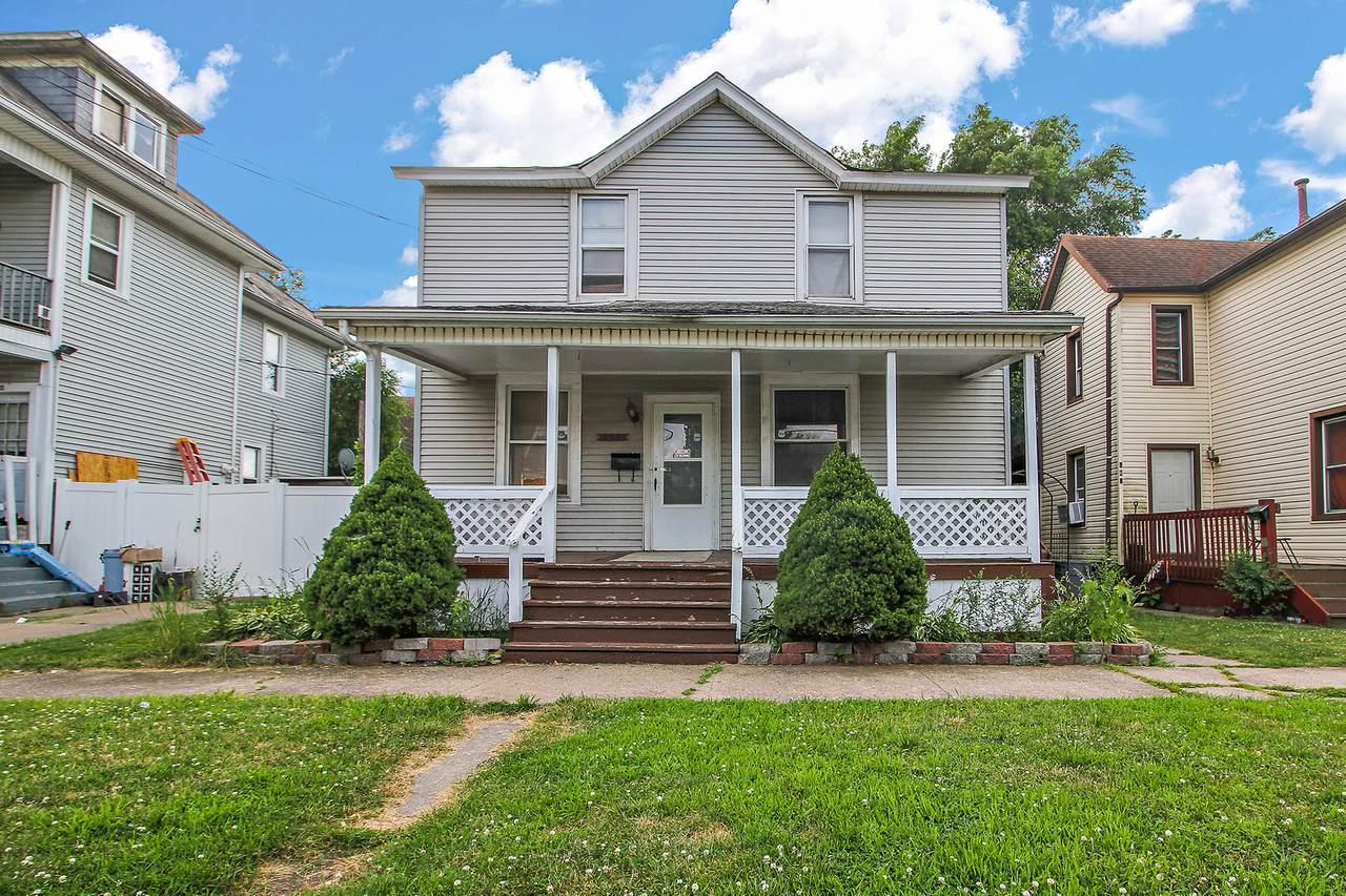 232 Oak Street - Photo 1