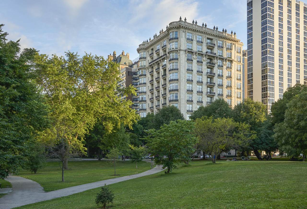 1550 State Parkway - Photo 1