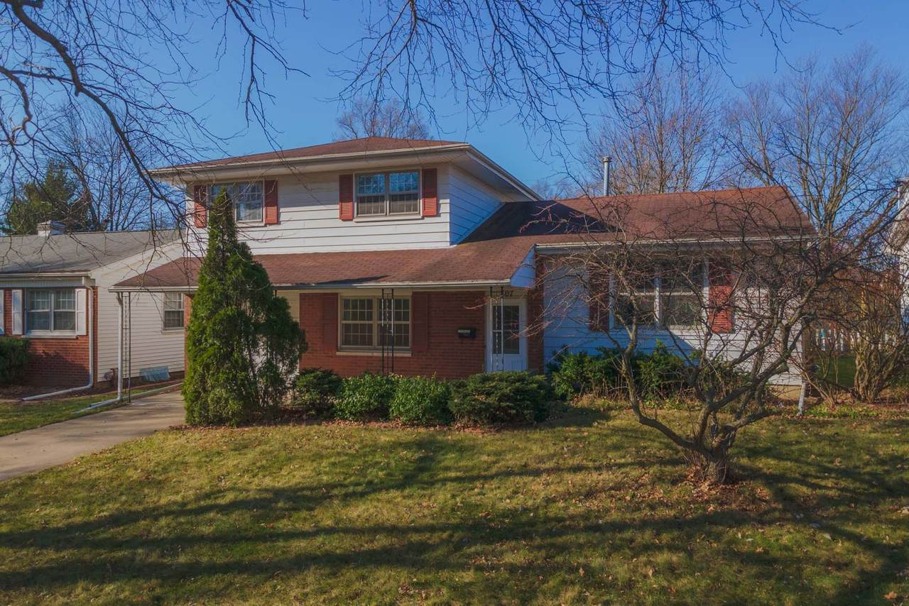 807 Highpoint Road - Photo 1