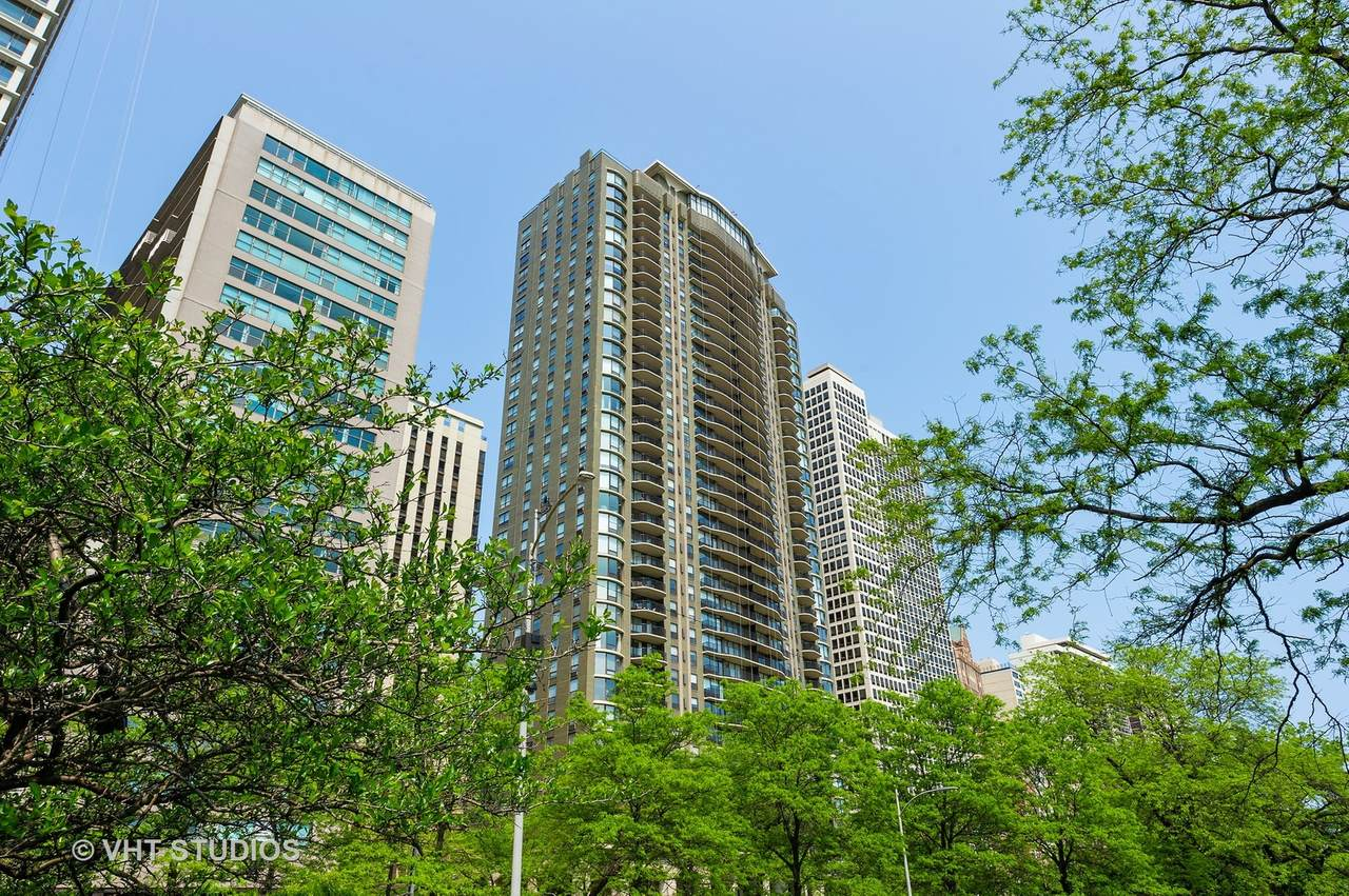 1040 Lake Shore Drive - Photo 1