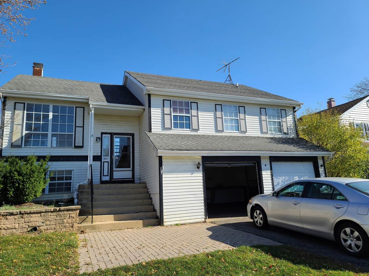 997 Chippendale Drive - Photo 1