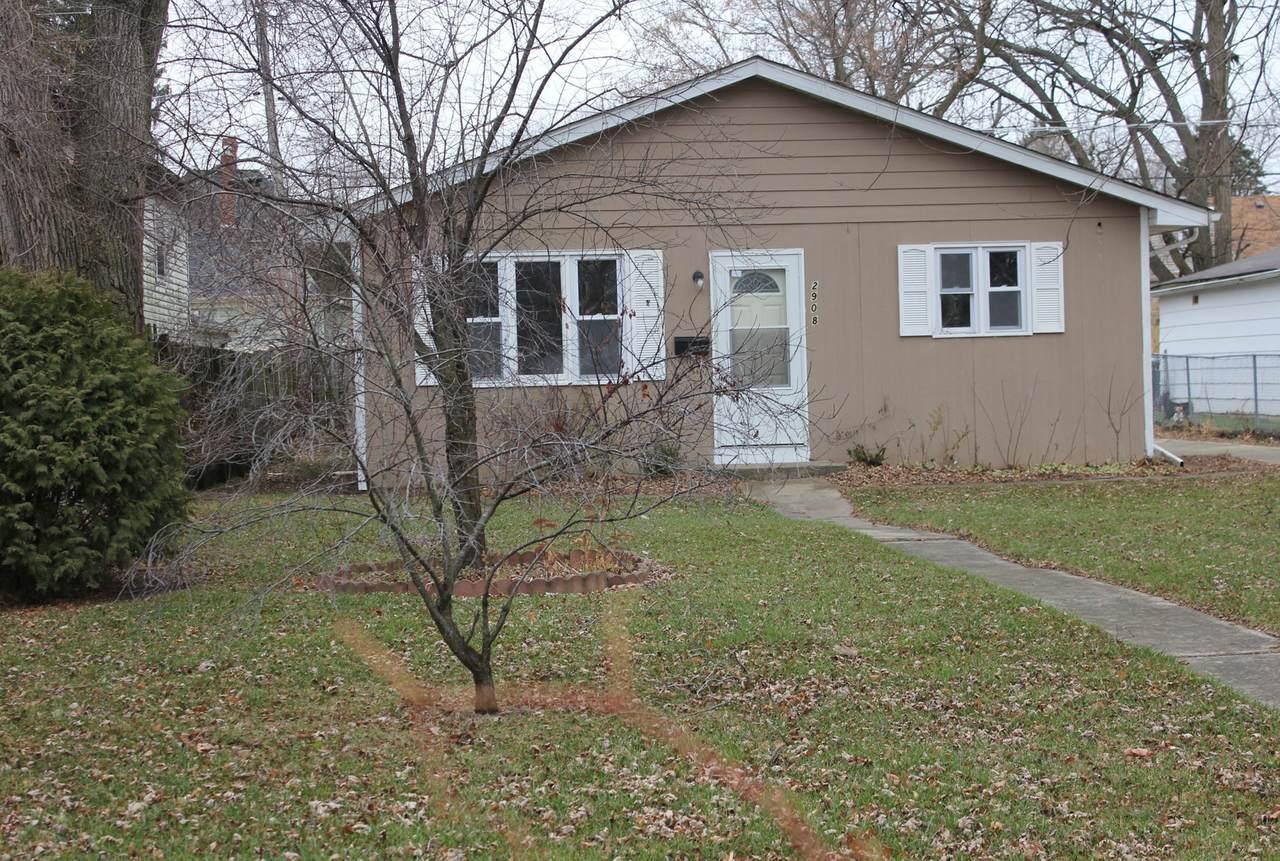 2908 Gideon Avenue - Photo 1