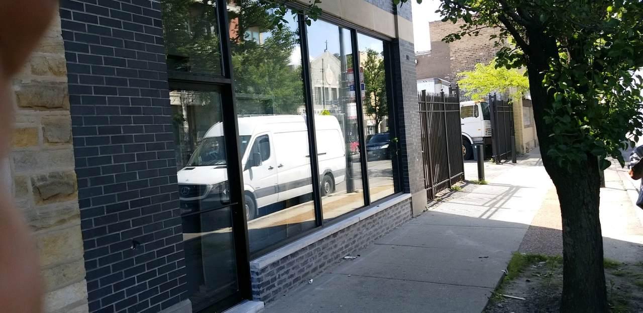 4529 Kedzie Avenue - Photo 1