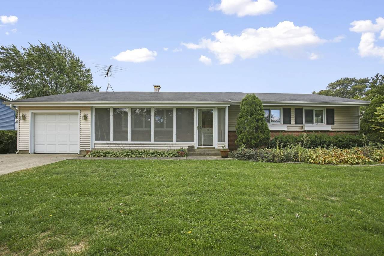 913 Bissell Drive - Photo 1