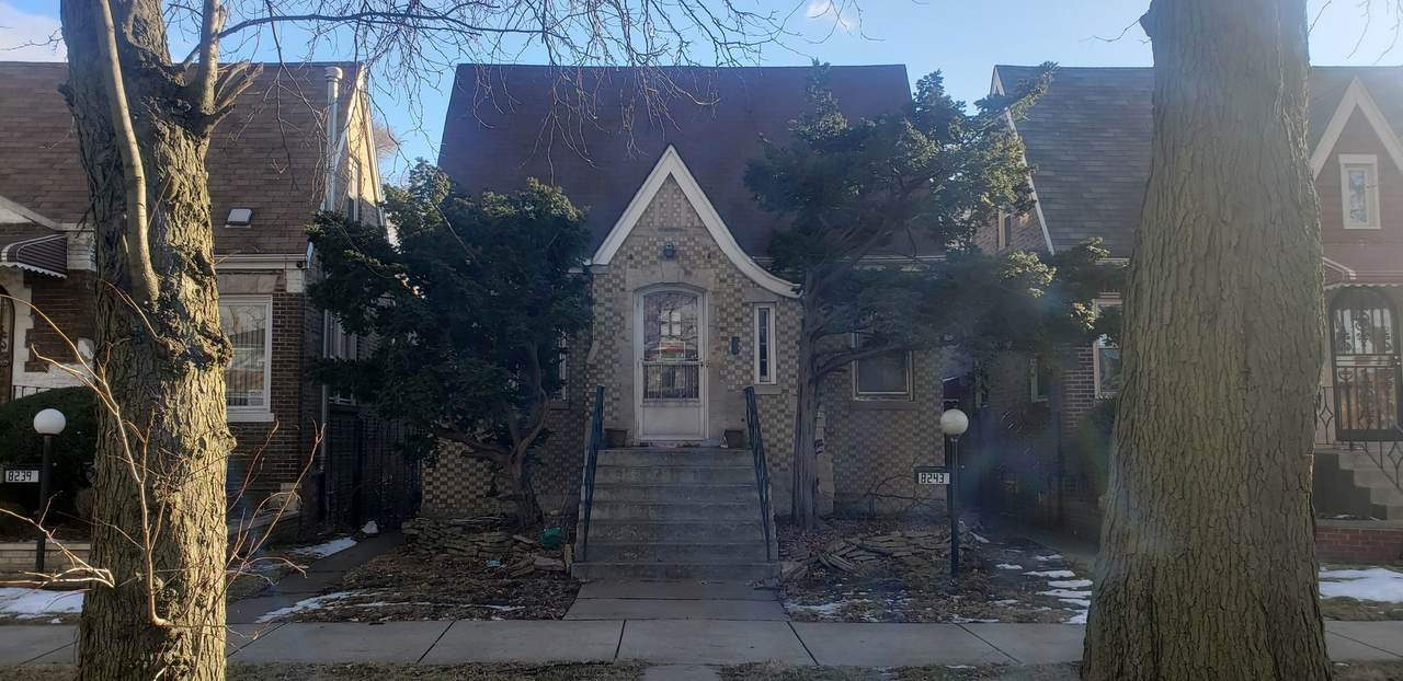 8243 Prairie Avenue - Photo 1