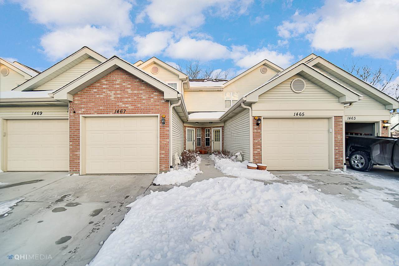 1467 Golfview Drive - Photo 1