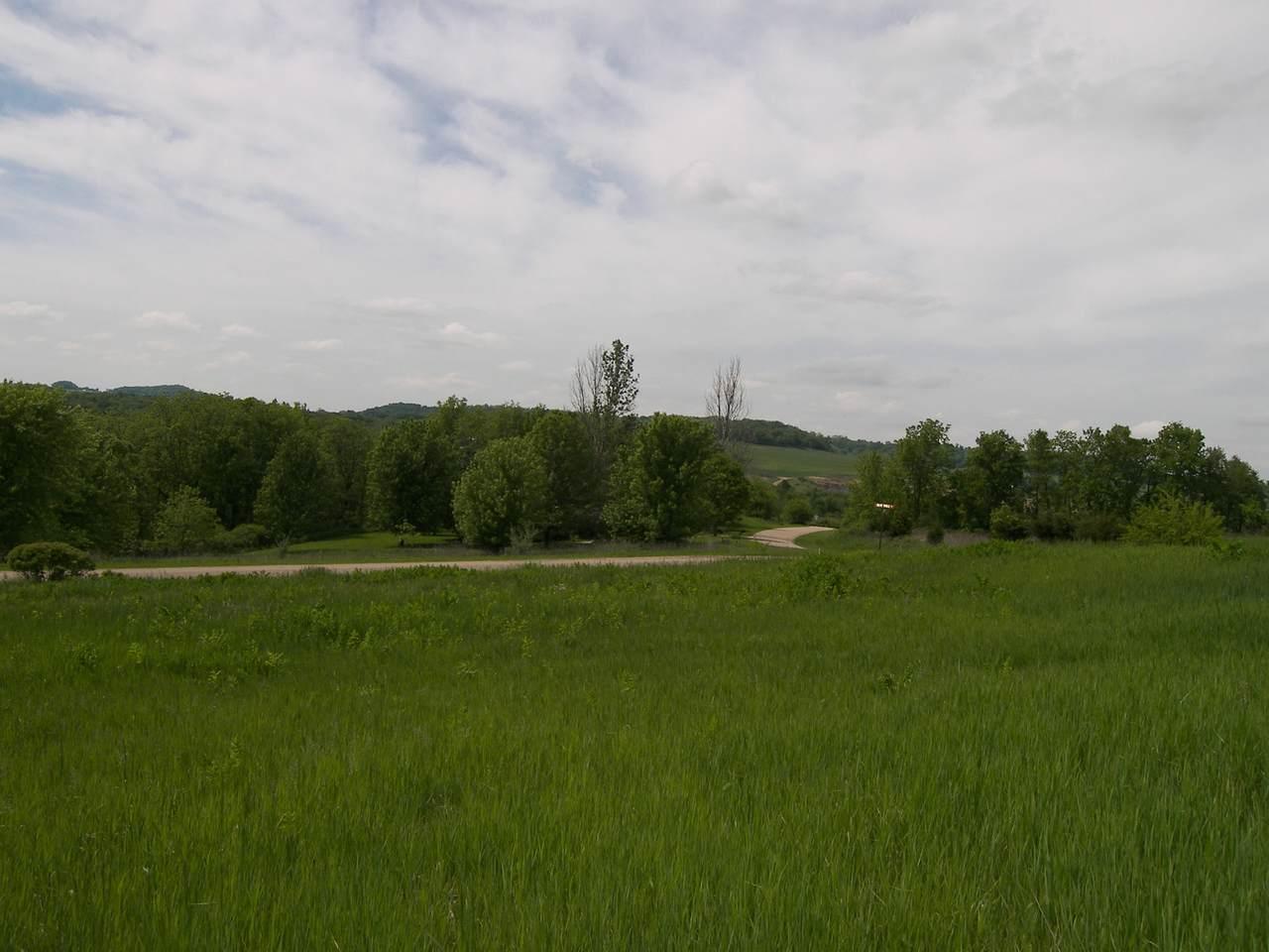 2 Woodside Drive - Photo 1