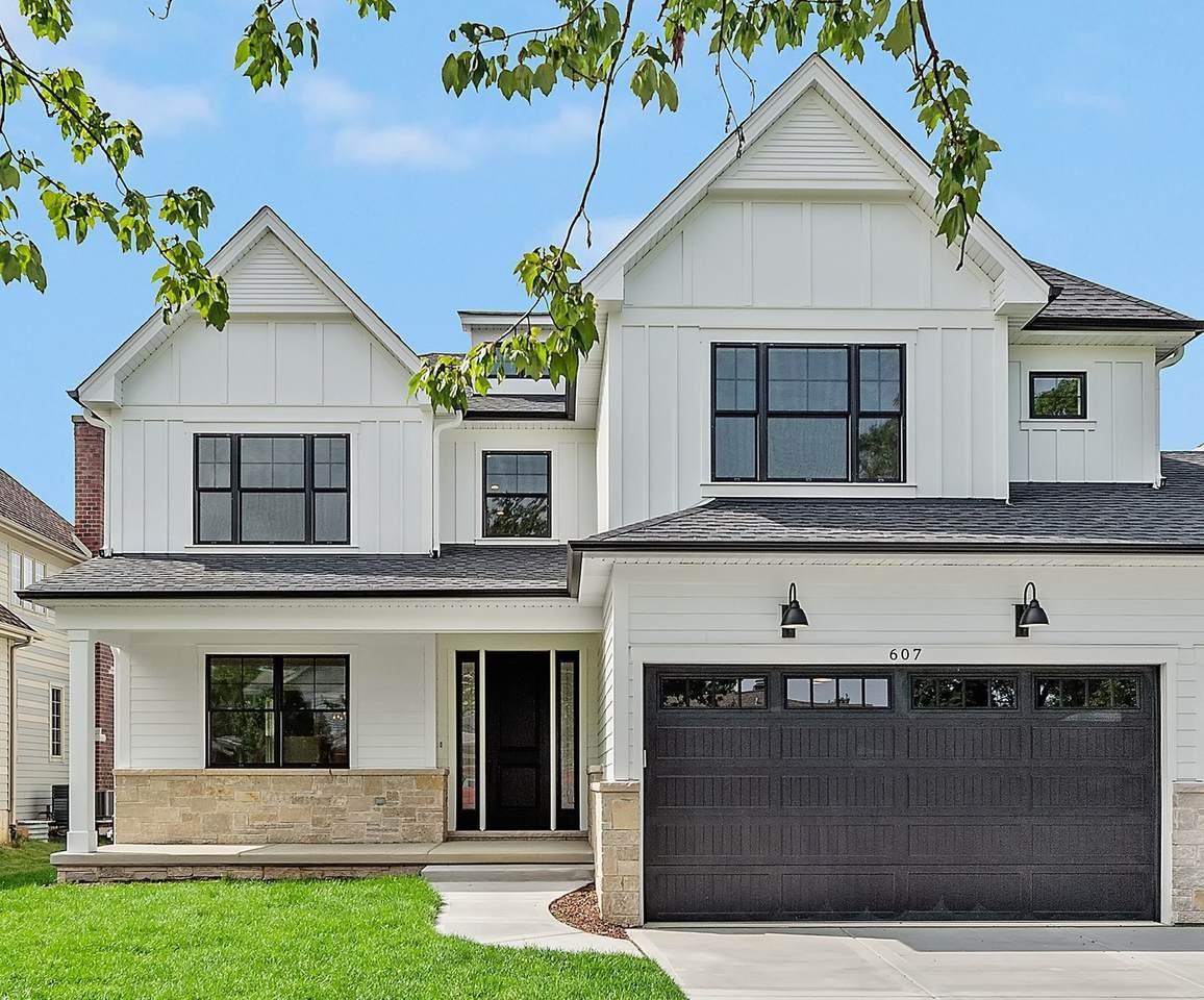 4913 Oakwood Avenue - Photo 1