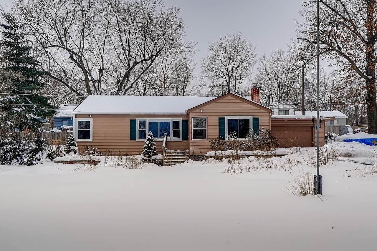 36752 Wildwood Drive - Photo 1