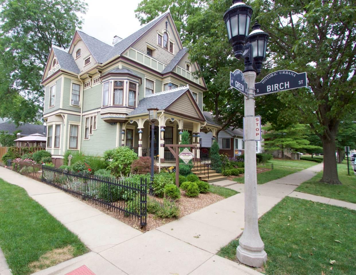 312 Green Street - Photo 1