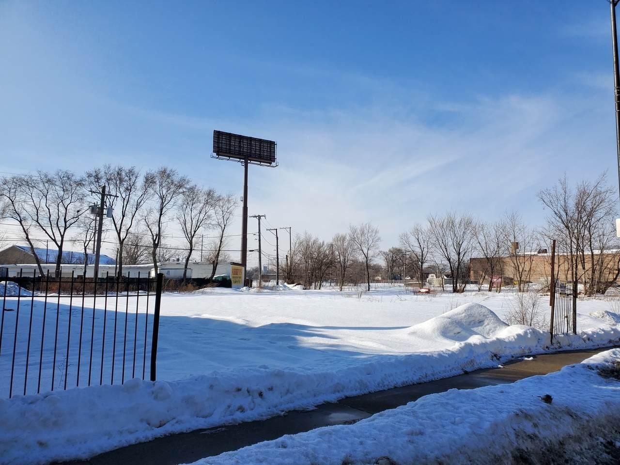 7804 Stony Island Avenue - Photo 1