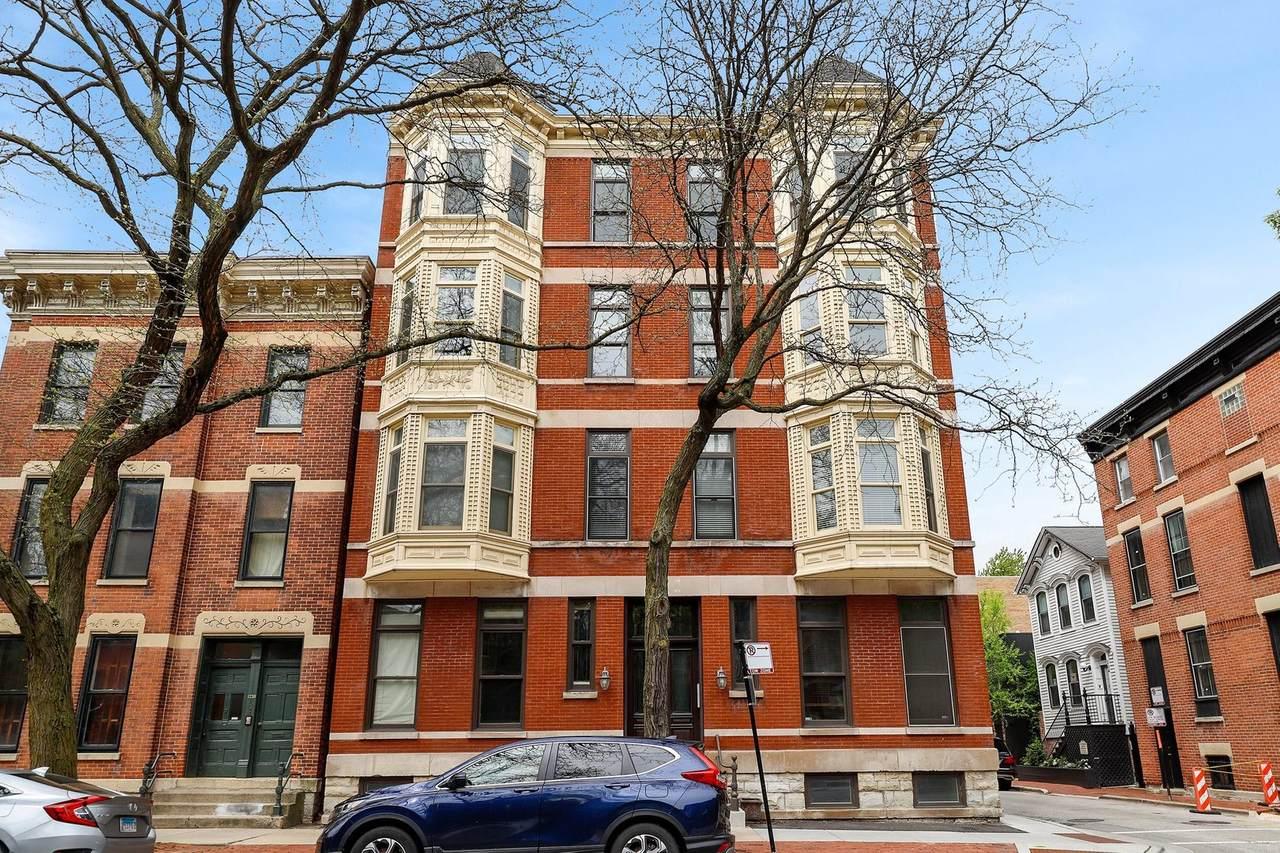1742 North Park Avenue - Photo 1