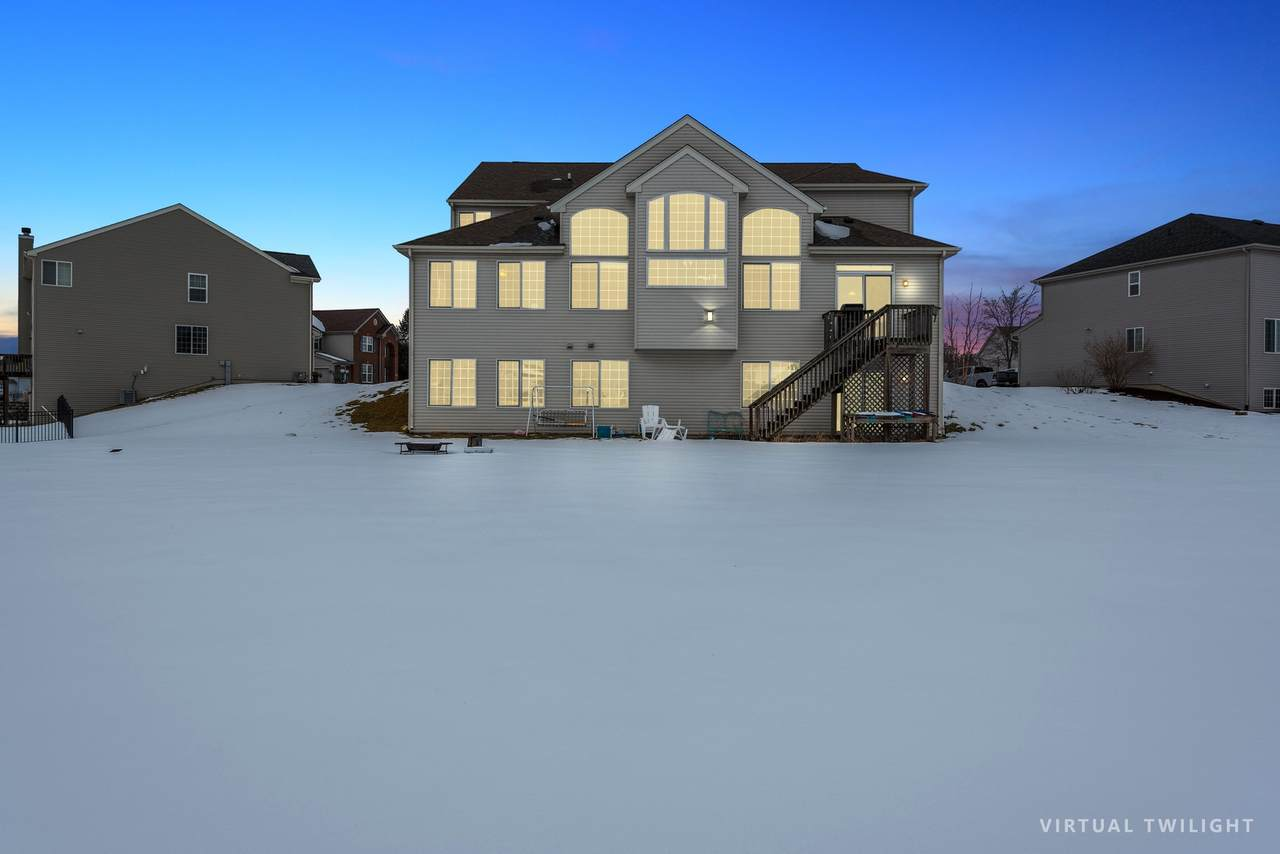 304 Waterford Court - Photo 1