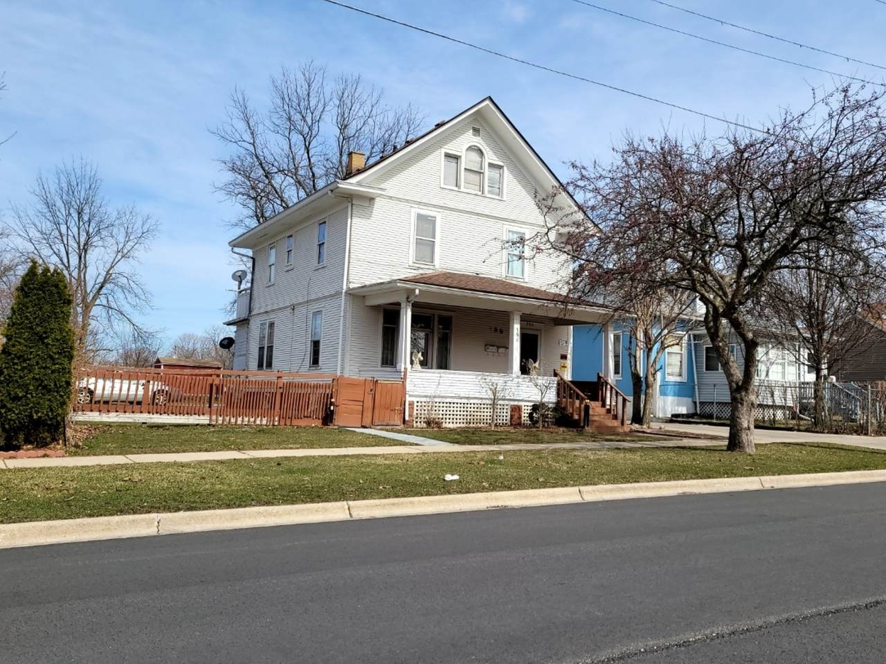 786 Benton Street - Photo 1