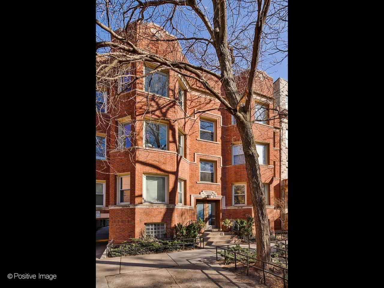 716 Barry Avenue - Photo 1