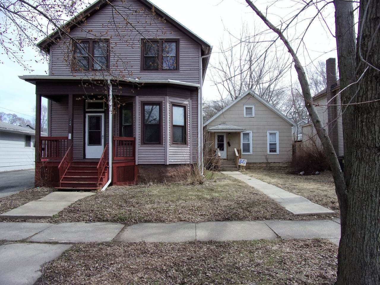 124-126 Hobbs Avenue - Photo 1