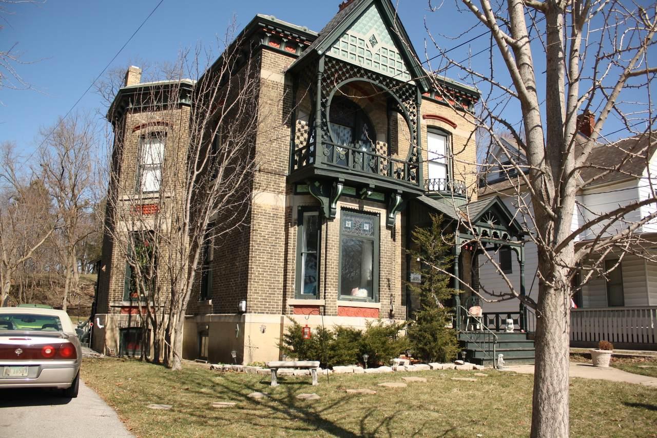 259 Villa Street - Photo 1