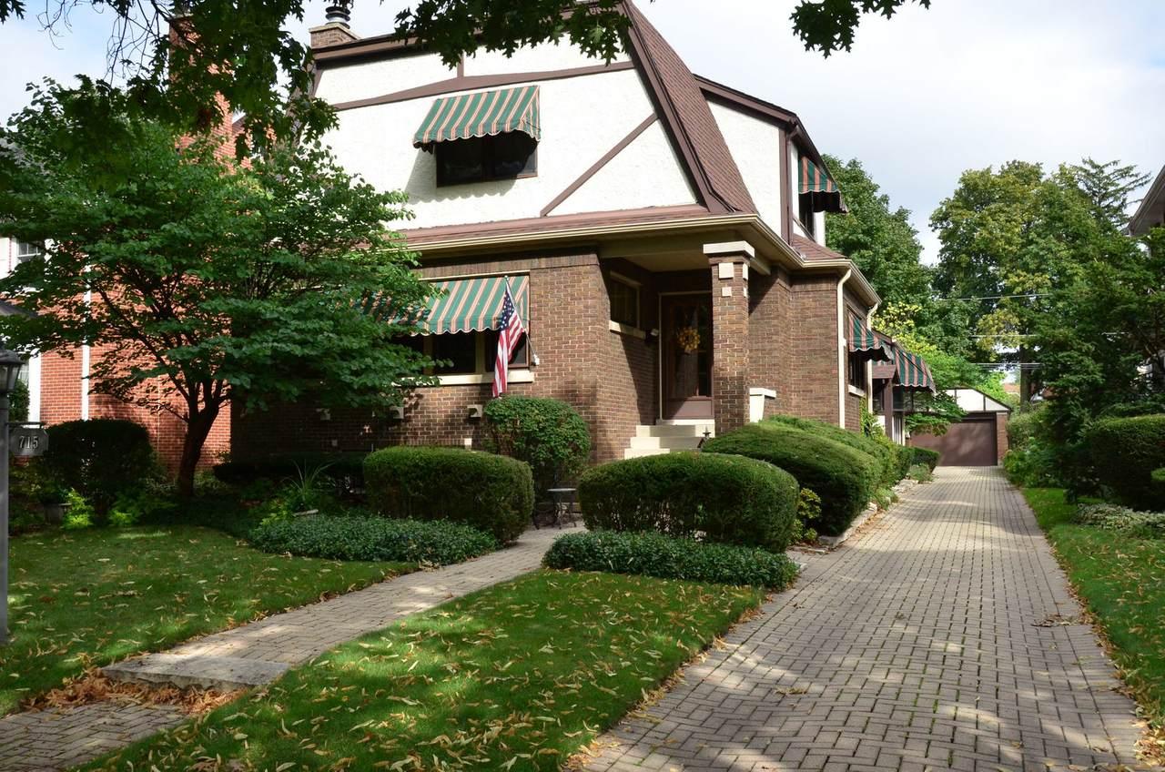 715 Vine Avenue - Photo 1