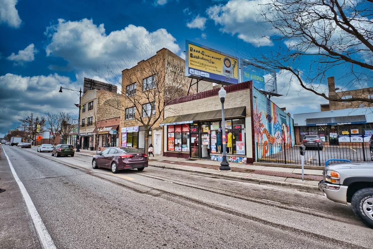 2049 Howard Street - Photo 1