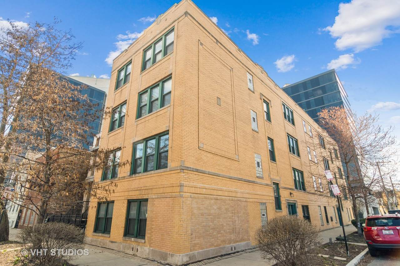 2701 Belden Avenue - Photo 1