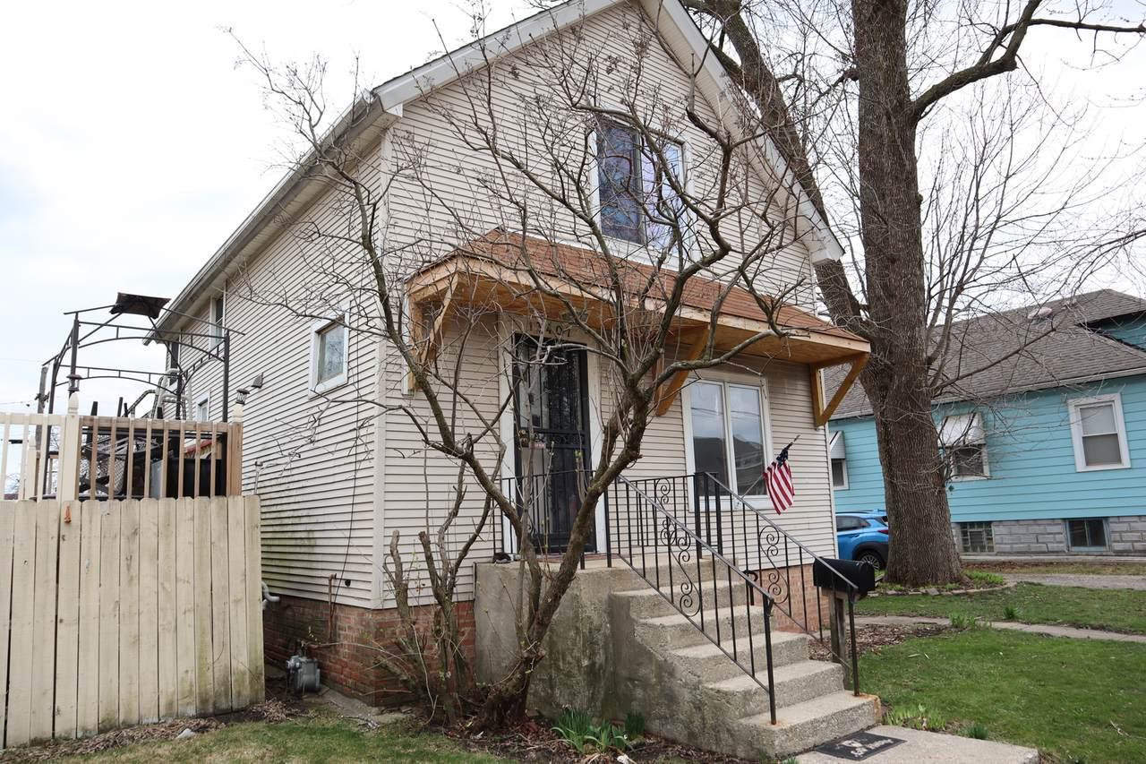 13407 Rexford Street - Photo 1