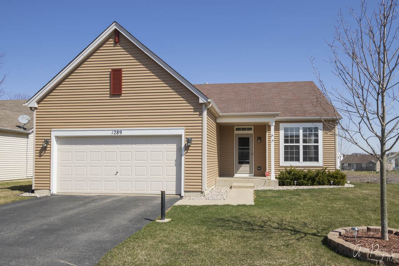 1289 Holly Court - Photo 1