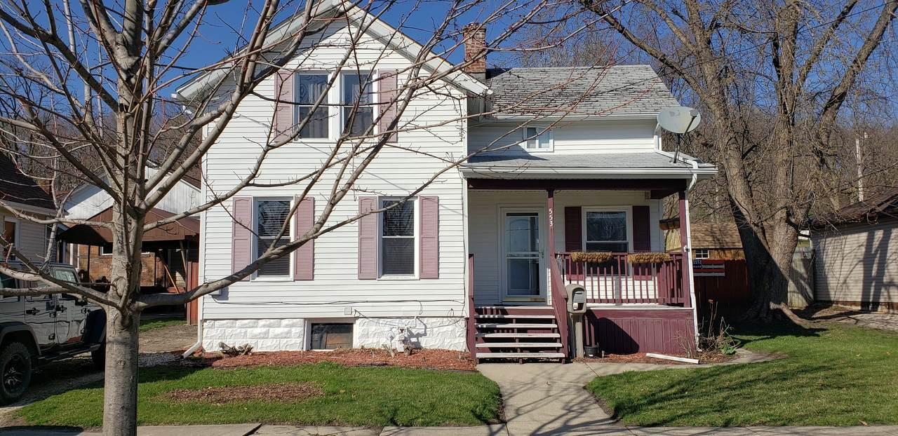 553 Clark Street - Photo 1